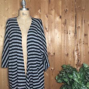 LuLaRoe Lindsey kimono black gray stripes